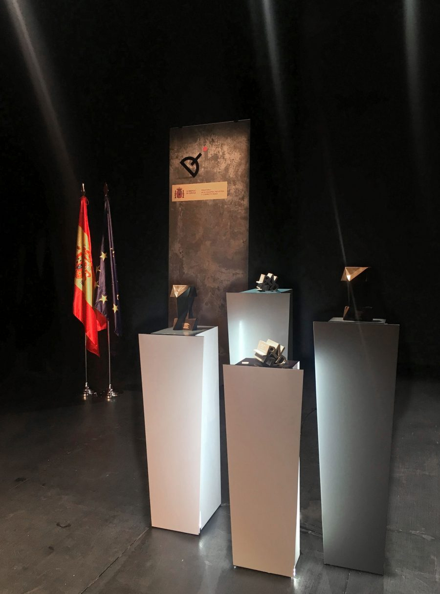 diseno_pedestales_premios_nacionales_diseno_2017_espana